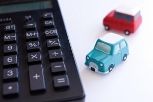 自動車保険|保険料平均相場